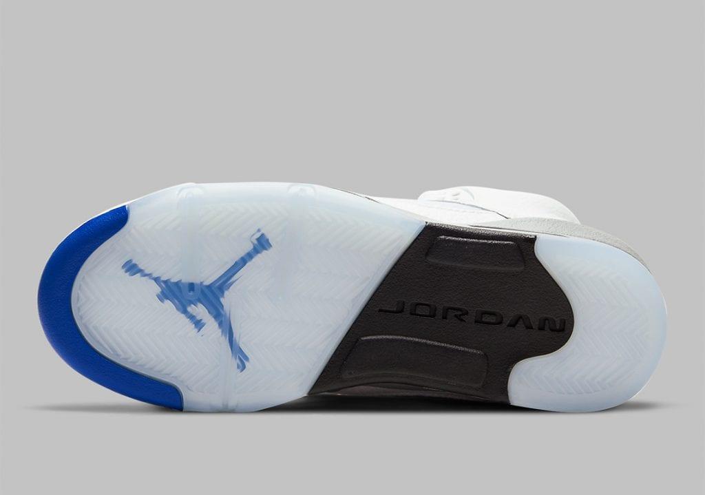 "Air Jordan 5 ""Stealth"" vuelve del 2006 al 2021, Zapas News"