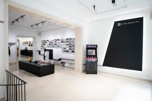 tiendas de sneakers nigra mercato