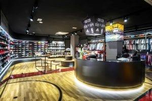 tienda de sneakers en españa manel sanchez