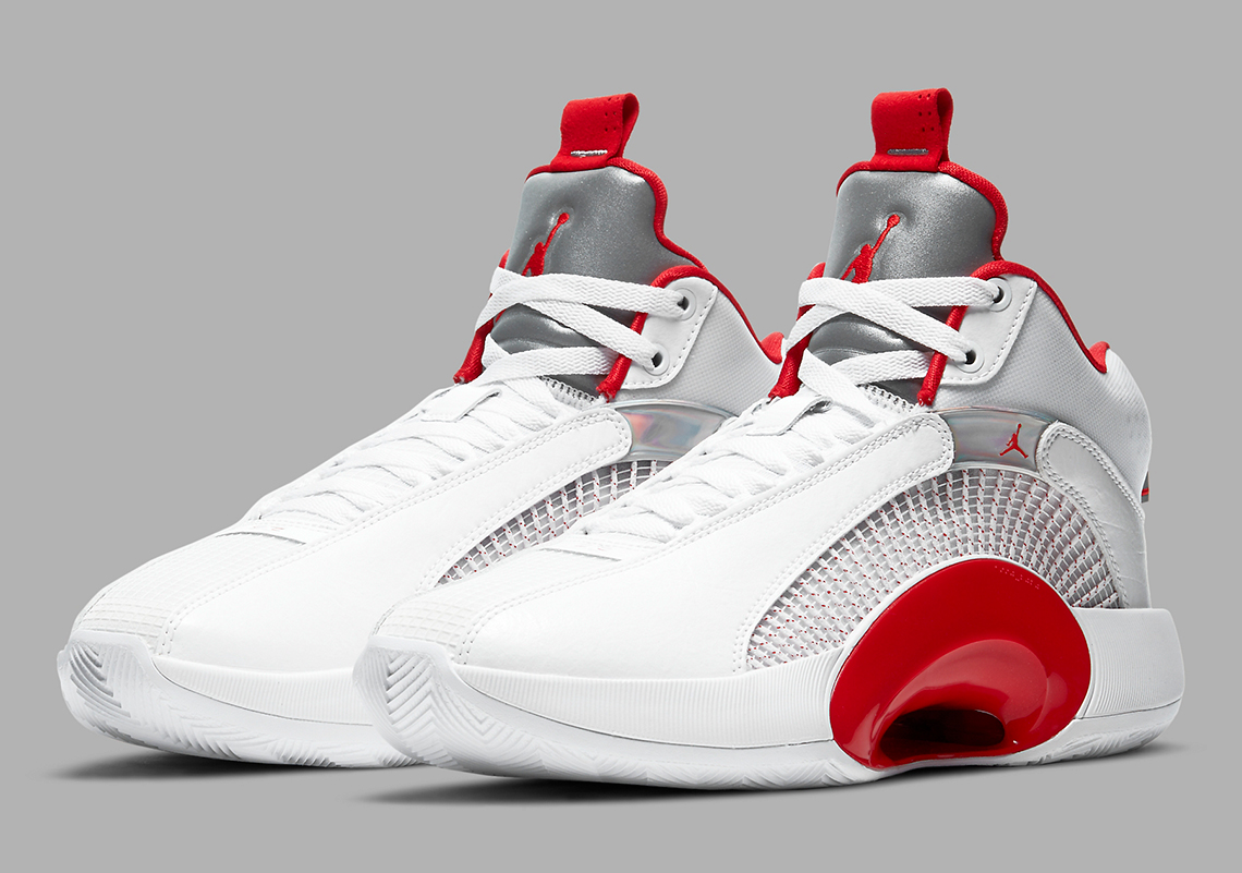 "Air Jordan 35 ""Fire Red"" A La Vista"