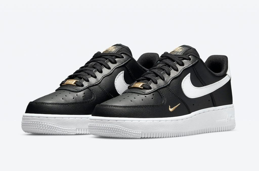 Nike Air Force 1 Low En Negro, Blanco Y Dorado