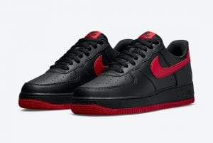 "Nike Air Force 1 Low ""Bred"", Negro Y Rojo"