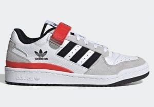 Adidas Forum Low con acentos rojos